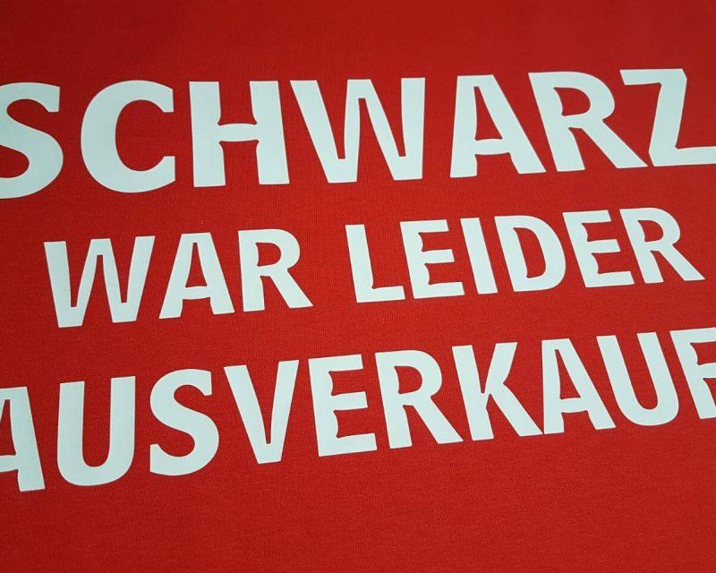 T-Shirt mit Funtext Schwarz war leider ausverkauft